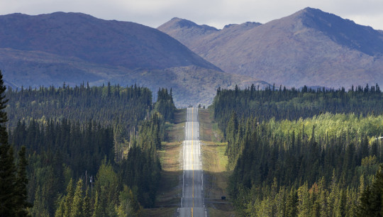 Highway in Alaska © Michael Heffernan