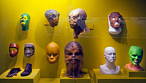 """Star Wars""-Masken im ""Museum of the Moving Image"" © Randy Duchaine / Alamy"