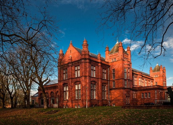 Die Whitworth Art Gallery, Manchester. © Shahid Khan / Shutterstock