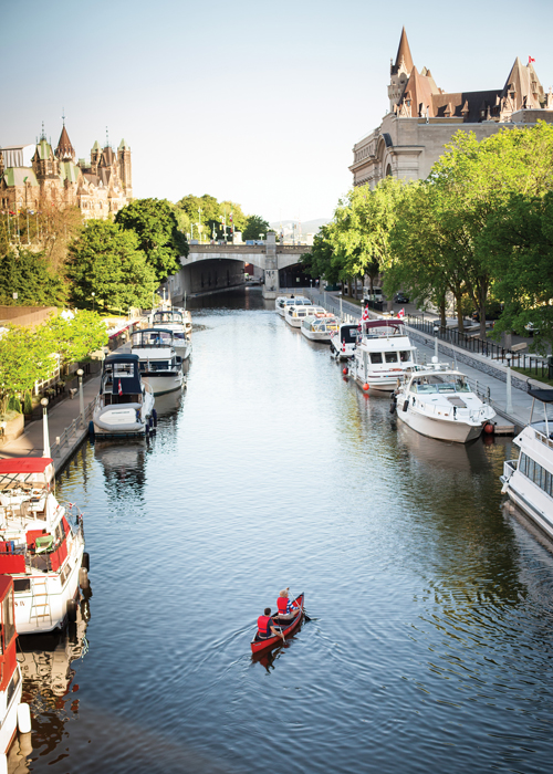 Rideau Canal in Ottawa © Canadian Tourism Commission
