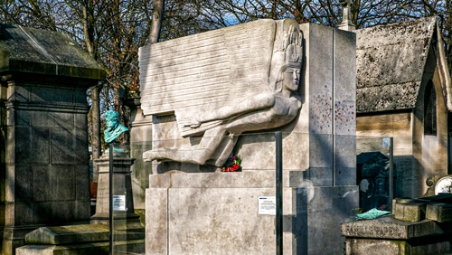 Grab von Oscar Wilde auf dem Pere Lachaise Friedhof - (Foto ©Bruno De Hogues/Getty Royalty Free)