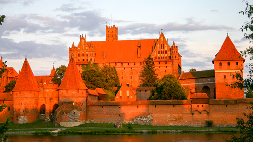 Ordensburg des Deutschen Ordens: die Marienburg - (Foto: Roland Czerniawski/Budget Travel Collection)