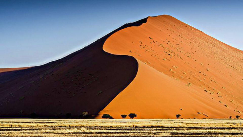 Sanddüne in Soussusvlei - (Foto: ©SANDY KELLY/Lonely Planet)